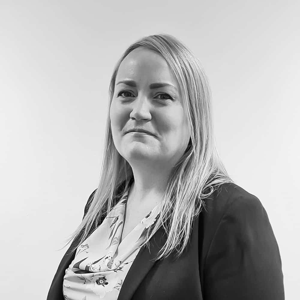 Laura McCarthy Senior SSAS and Investment Consultant